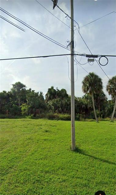 1025 CANAL ST, RUSKIN, FL 33570 - Photo 2