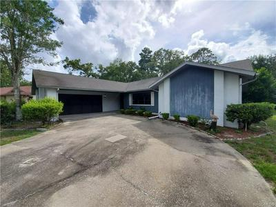 11 BLAIR CT, Homosassa, FL 34446 - Photo 2