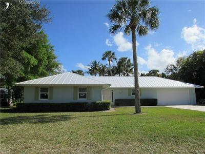 15 N VIA LUCINDIA, Stuart, FL 34996 - Photo 1
