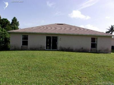 231 SW GROVE AVE, Port Saint Lucie, FL 34983 - Photo 2