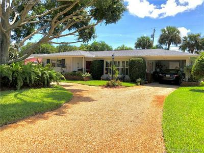 909 NW NEW PROVIDENCE RD, Stuart, FL 34994 - Photo 2