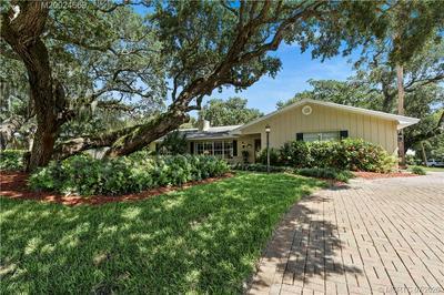 15 BANYAN RD, Stuart, FL 34996 - Photo 1