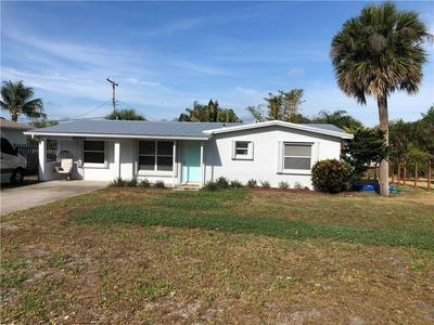 3544 NE SANDRA DR, JENSEN BEACH, FL 34957 - Photo 2