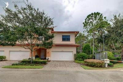 6701 SE WOODMILL POND LN, Stuart, FL 34997 - Photo 2