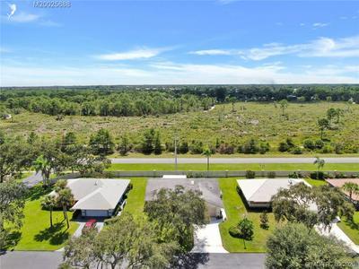 4810 SE HANSON CIR, Stuart, FL 34997 - Photo 2