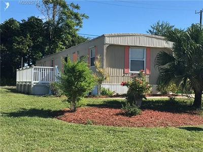 8131 SE HOMESTEAD AVE, Hobe Sound, FL 33455 - Photo 1