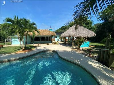 2104 SE SAINT LUCIE BLVD, Stuart, FL 34996 - Photo 2