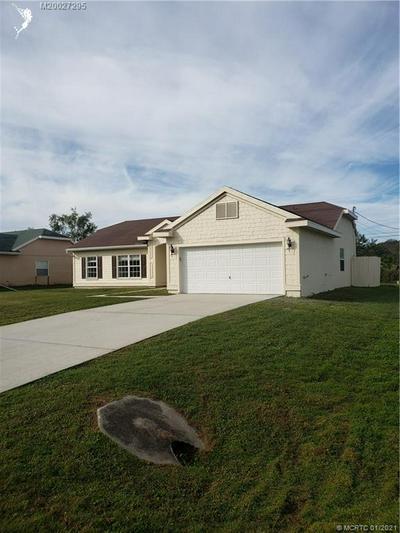 4801 MYRTLE DR, Fort Pierce, FL 34982 - Photo 2