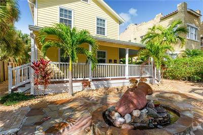 404 SW CAMDEN AVE, STUART, FL 34994 - Photo 2