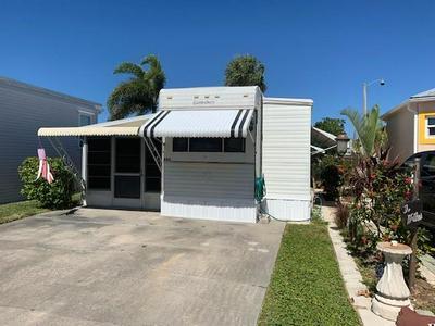 688 NETTLES BLVD, JENSEN BEACH, FL 34957 - Photo 1