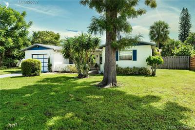 1281 SE EAST SAINT JOSEPH ST, Stuart, FL 34996 - Photo 2