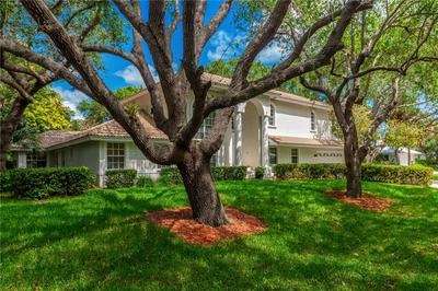 4 HERITAGE WAY, SEWALLS POINT, FL 34996 - Photo 1