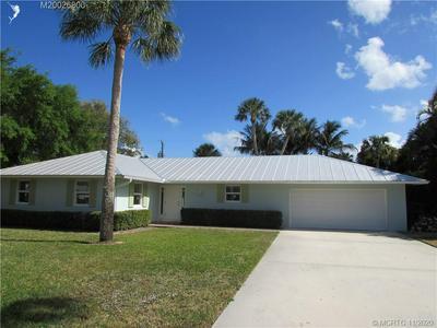 15 N VIA LUCINDIA, Stuart, FL 34996 - Photo 2