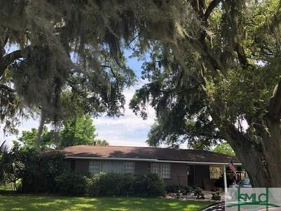 605 RIVERS END DR, Savannah, GA 31406 - Photo 2