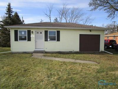 13265 BROADWAY ST, WESTON, OH 43569 - Photo 1