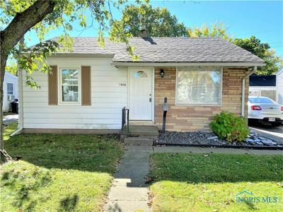 1906 GARNER AVE, Oregon, OH 43616 - Photo 2