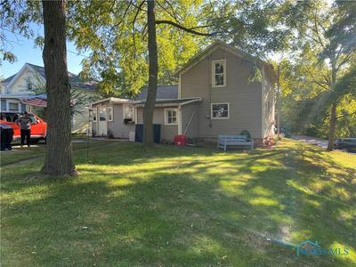 1040 STEVENSON ST, Napoleon, OH 43545 - Photo 1