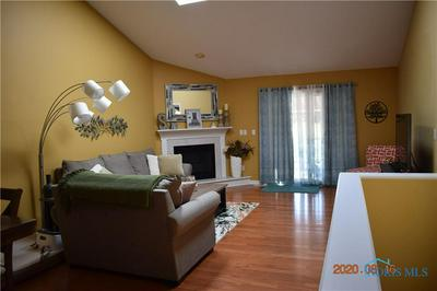 1436 RIVERWALK CT # 1, Waterville, OH 43566 - Photo 2