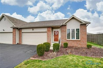 261 E WINTER WOODS DR # U-261, Findlay, OH 45840 - Photo 1