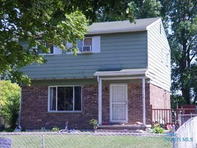 2124 NORTHRIDGE DR, Toledo, OH 43611 - Photo 1