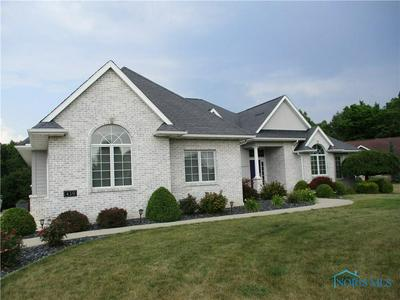 439 RIVER FRONT DR, Defiance, OH 43512 - Photo 1