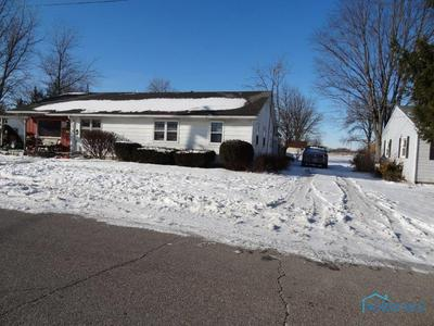 407 N BRUNELL ST, Wauseon, OH 43567 - Photo 2