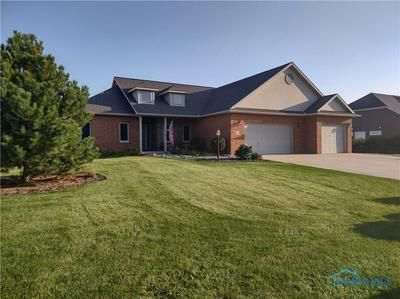 1330 HOLLOW TREE DR, Findlay, OH 45840 - Photo 2