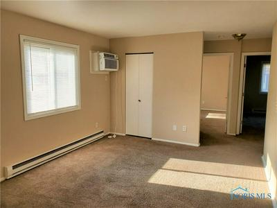 1655 BROWNSTONE BLVD APT 3, Toledo, OH 43614 - Photo 2