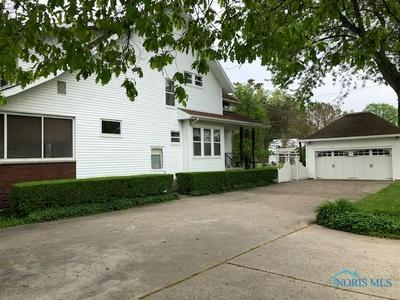 305 S STATE ST, Pioneer, OH 43554 - Photo 2
