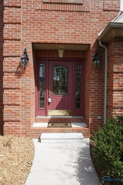 705 MEADOWVIEW DR, Findlay, OH 45840 - Photo 2