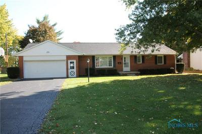 315 WARRINGTON AVE, Findlay, OH 45840 - Photo 2
