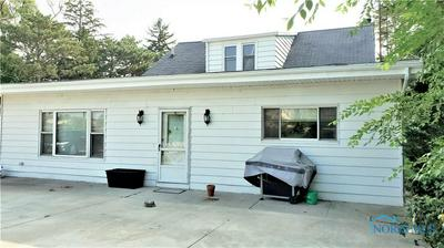 29659 E BROADWAY ST, Walbridge, OH 43465 - Photo 2