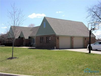 725 CRESTVIEW AVE, BRYAN, OH 43506 - Photo 2