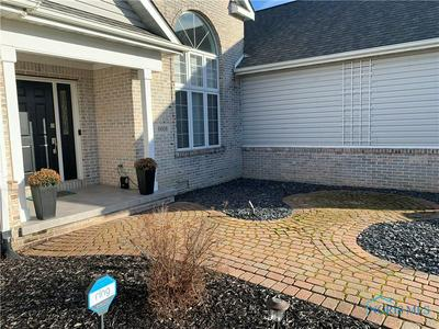 6608 FOXTAIL LN, Maumee, OH 43537 - Photo 2