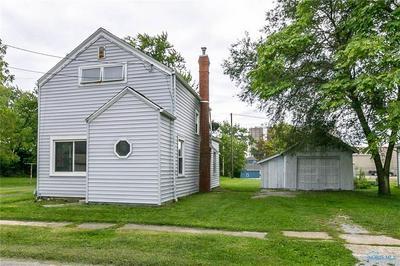 107 W WOODCOX ST, ANTWERP, OH 45813 - Photo 1