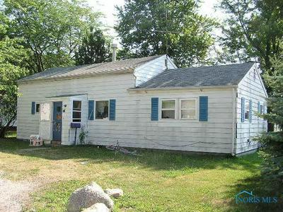 530 COLUMBIA ST, MONTPELIER, OH 43543 - Photo 1