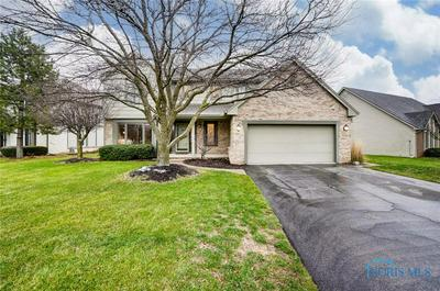1735 HENTHORNE DR, Maumee, OH 43537 - Photo 1