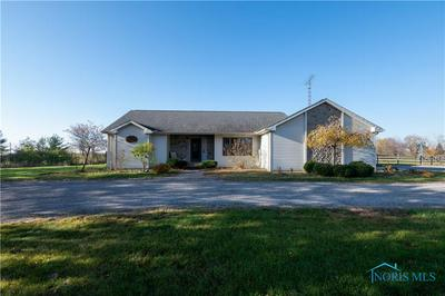 862 S SHOOP AVE, Wauseon, OH 43567 - Photo 1