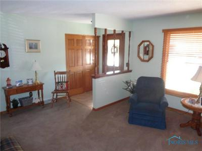 3125 BEACHWOOD DR, Oregon, OH 43616 - Photo 2