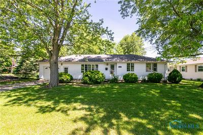 304 NORTH DR, Paulding, OH 45879 - Photo 1