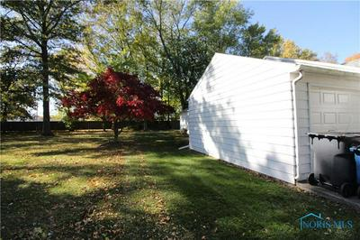 1334 MELVIN DR, Toledo, OH 43615 - Photo 2