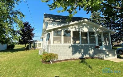713 HANSON ST, Northwood, OH 43619 - Photo 2