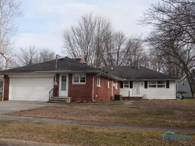 149 W LINCOLN ST, Wauseon, OH 43567 - Photo 2