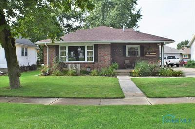 827 W COLLEGE AVE, Woodville, OH 43469 - Photo 1