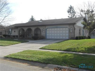 3136 DOGWOOD DR, Oregon, OH 43616 - Photo 1