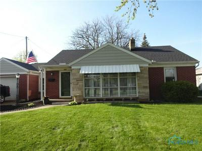 127 E HICKORY ST, Wauseon, OH 43567 - Photo 2
