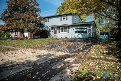 318 SHEFFIELD DR, Findlay, OH 45840 - Photo 2