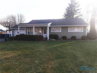 114 PARKSIDE DR, Swanton, OH 43558 - Photo 1
