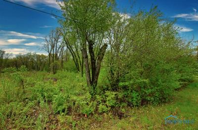 9271 FRANKFORT RD, Holland, OH 43528 - Photo 2