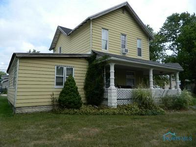 304 BOND ST, Pemberville, OH 43450 - Photo 2